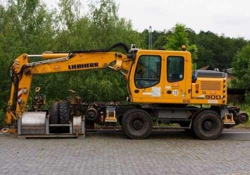 Liebherr A900c